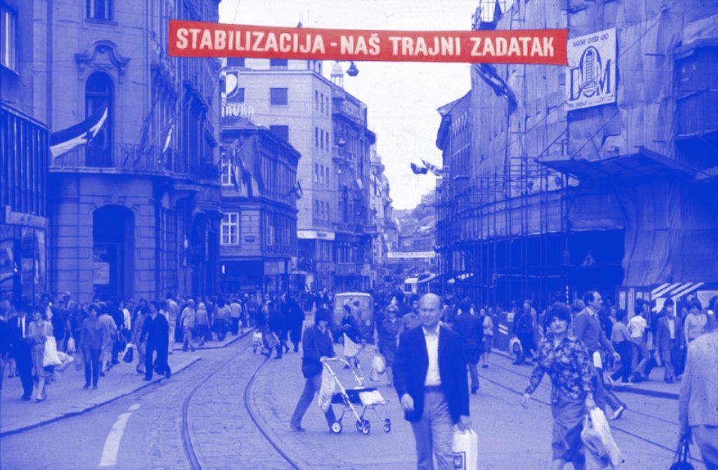 """Parola """"Stabilizacija — naš trajni zadatak"""" u centru Zagreba, 1980e."""